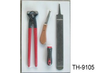 FARRIERS KIT 4-PC (CARDED)