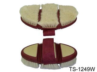 FLEXIBLE OVAL BODY BRUSH