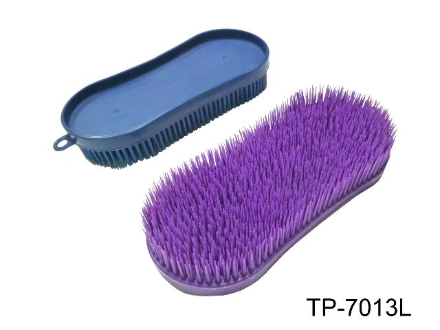 PLASTIC MAGIC   BRUSH